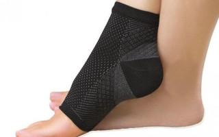 Как выбрать и носить эластичные носки?