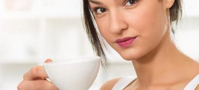 Почему нельзя пить кофе при варикозе и чем заменить любимый напиток?