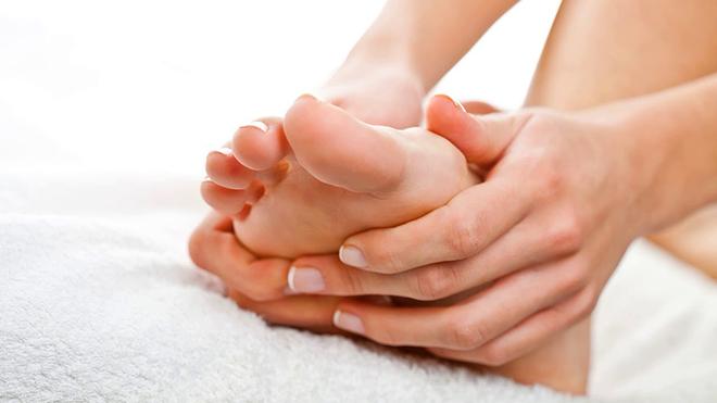 Домашние процедуры против отеков ног