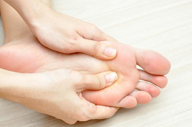 Первая помощь при отёках ног