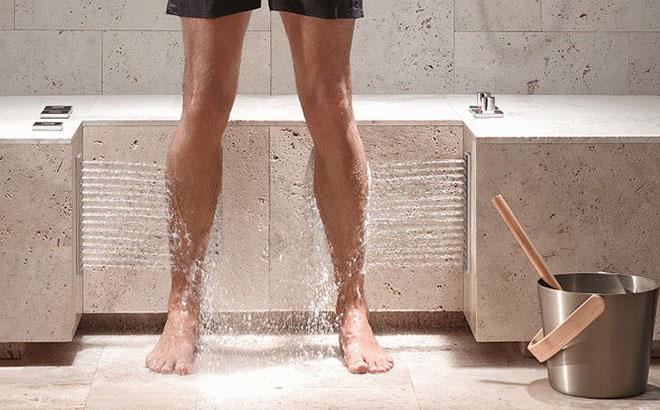 Контрастный душ против варикоза ног