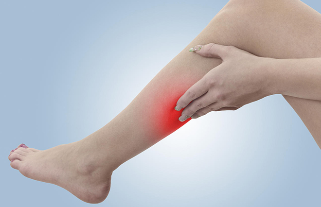 Почему при варикозе могут возникать судороги ног