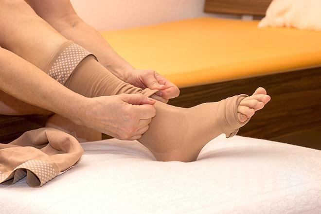 Компрессионное белье против судорог ног