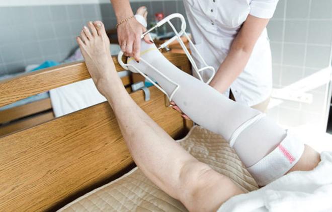 Как госпитальный трикотаж может защитить при операции